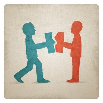 Illustration de 2 hommes qui séparent un contrat