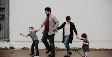 Famille qui se promene